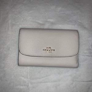 Coach Chalk Pebble Medium Envelope Wallet